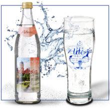 SCHLOSSBRAUEREI-Reuth_ARTESIA_Wasser-Spitzig